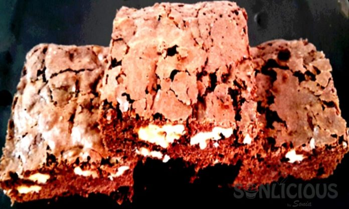 Fudgy Gooey American Walnut Brownie Recipe