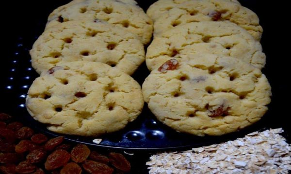 quaker oatmeal raisin cookies