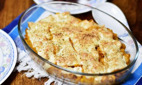 Baked Mac and Cheese with Corn