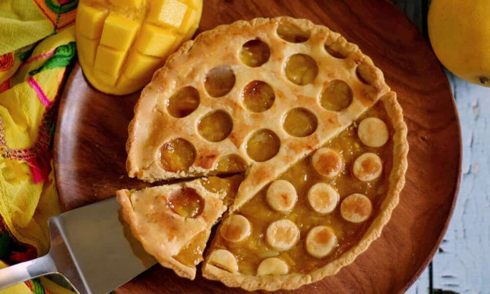 Whole Wheat Eggless Mango Pie