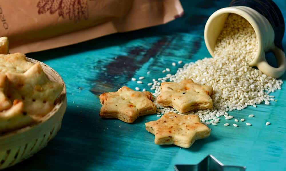 Sesame Amaranth Crackers
