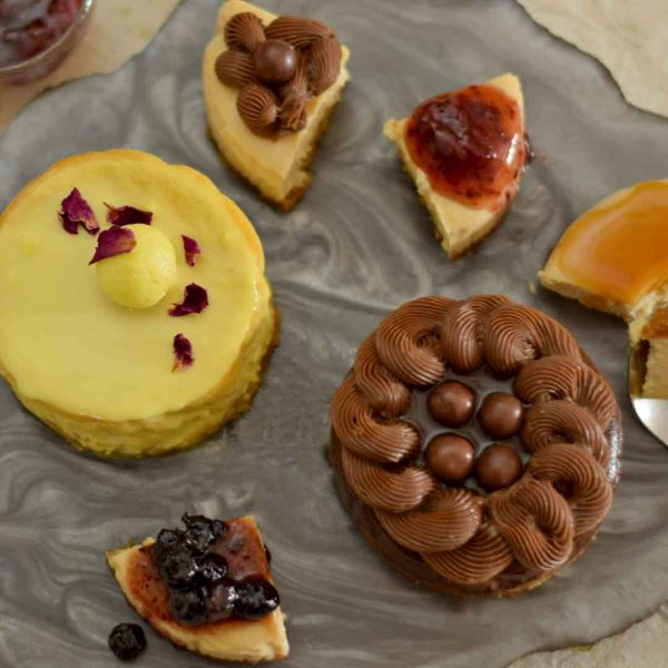 baked eggless cheesecake variations
