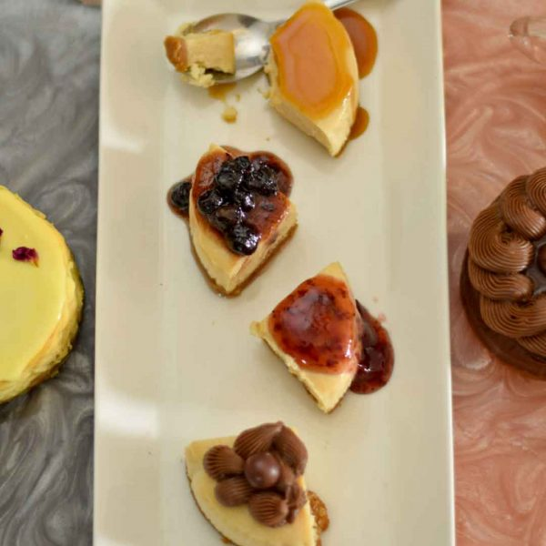 variations of baked eggless cheesecake